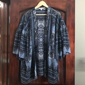 American Eagle - Long Blue Patterned Kimono